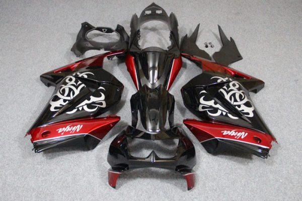 Пластик на мотоцикл Kawasaki Ninja 250R Красно-Черный