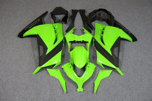 Пластик на мотоцикл Kawasaki Ninja 300R Color+ Зеленый
