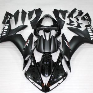 Пластик на мотоцикл Yamaha YZF-R1 2004-2006 Черный